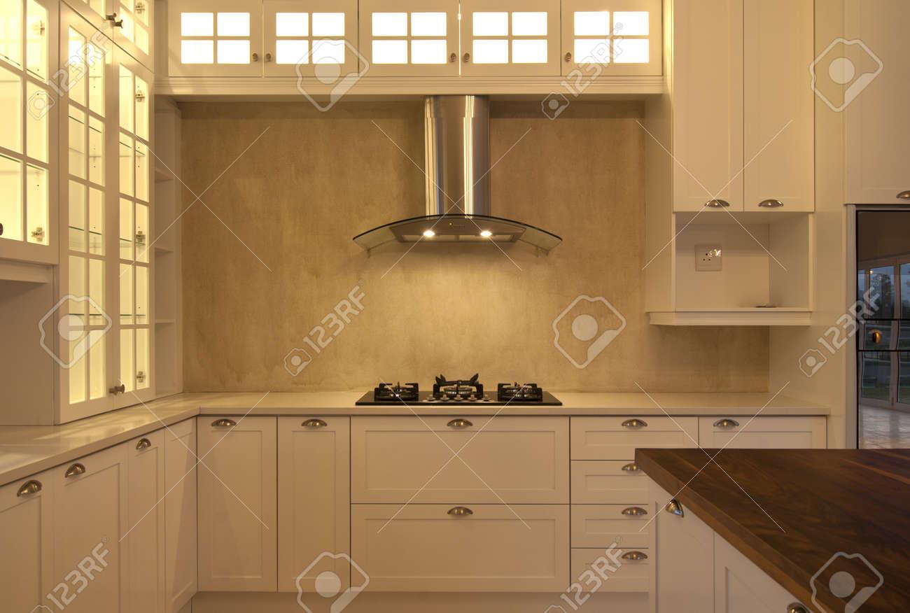 Empty kitchen inside a modern house Stock Photo - 10715350
