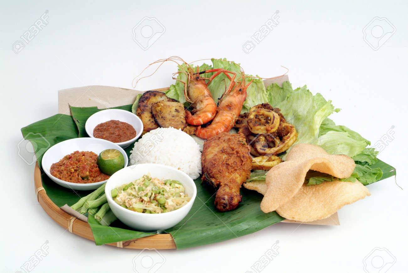 Nasi lemak - malaysian food Stock Photo - 9267604