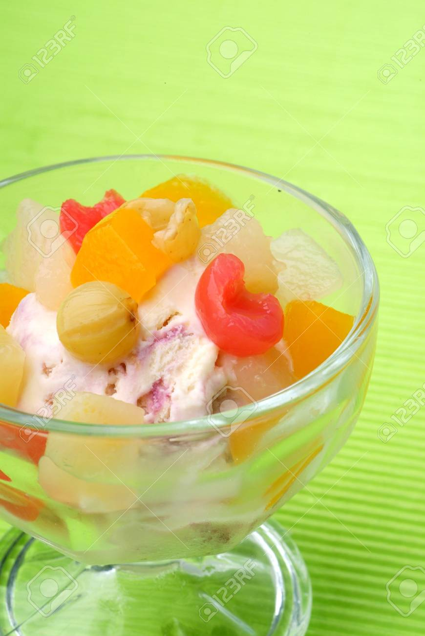 ice cream with fruit on top Stock Photo - 10786934