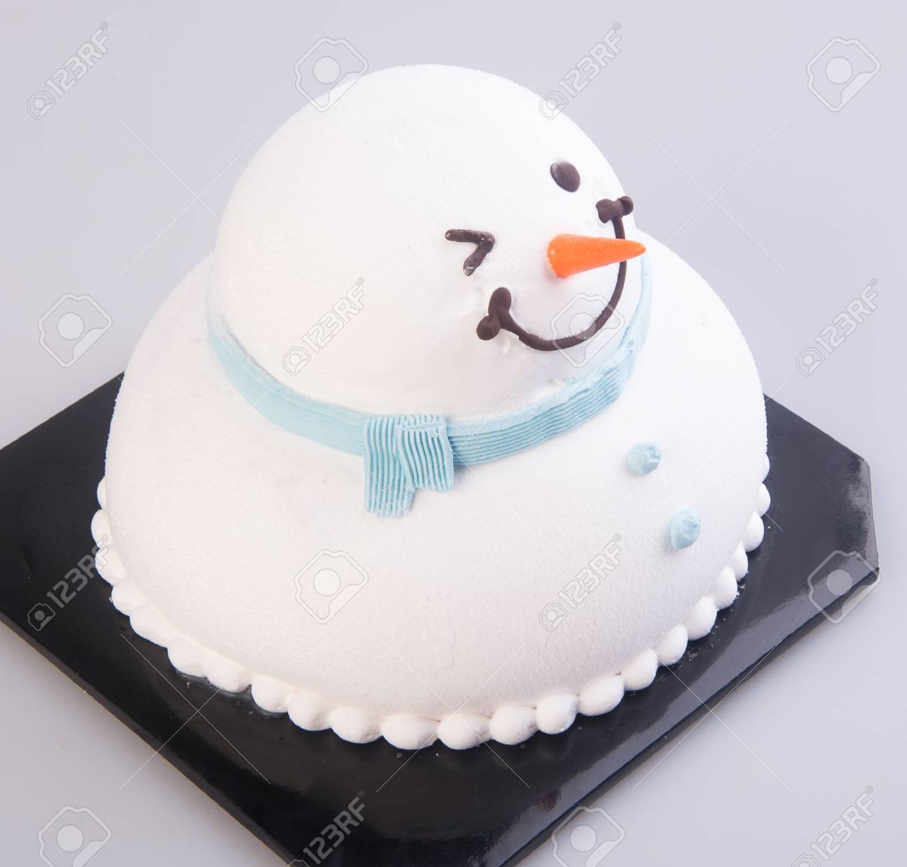Super Cake Christmas Snowman Cakes On A Background Christmas Cakes Personalised Birthday Cards Petedlily Jamesorg