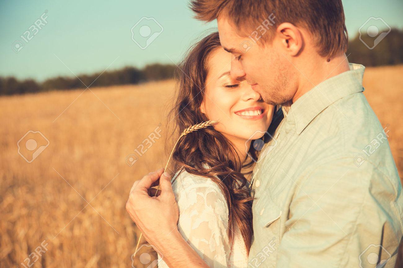 Extrem Couple Amoureux Banque D'Images, Vecteurs Et Illustrations Libres  DW02