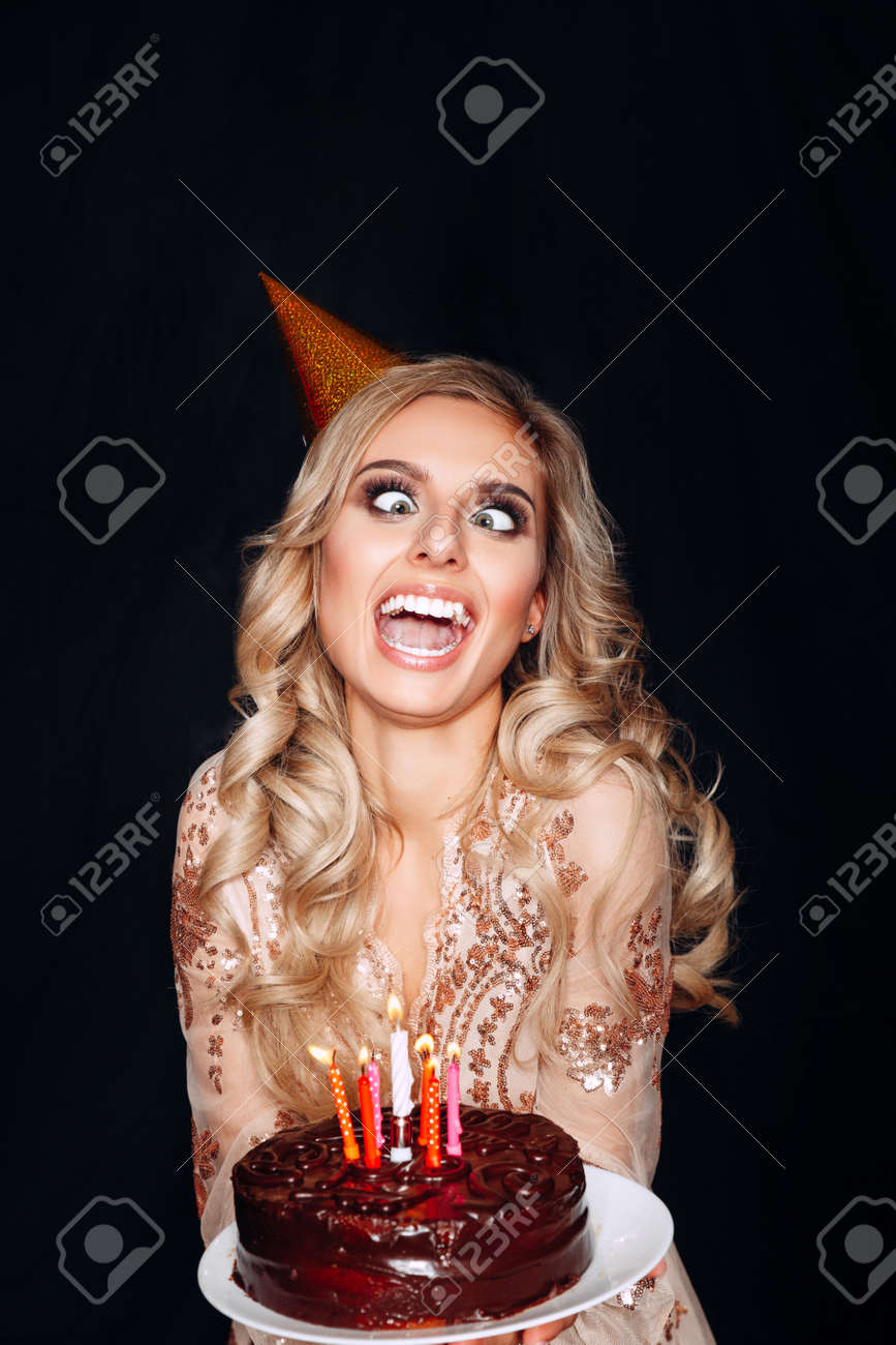 Enjoyable Portrait Of Crazy Beautiful Blond Girl Holding Birthday Cake Funny Birthday Cards Online Inifofree Goldxyz