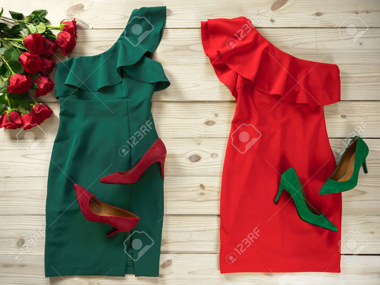 Christmas Green Dress.Womens Clothes And Shoes Red Green Dresses Pumps Fashion