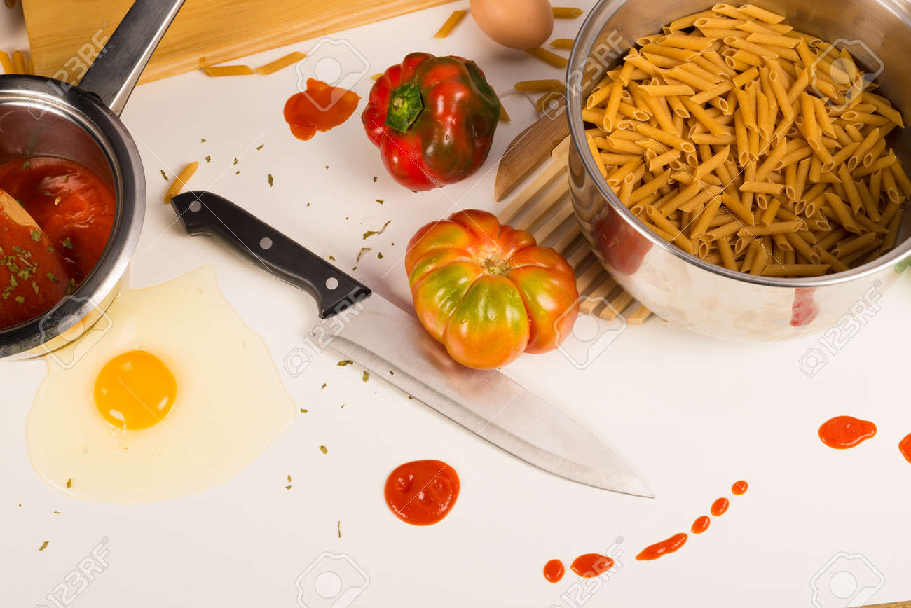 Terrible mess left by some very untidy cook Stock Photo - 20185580
