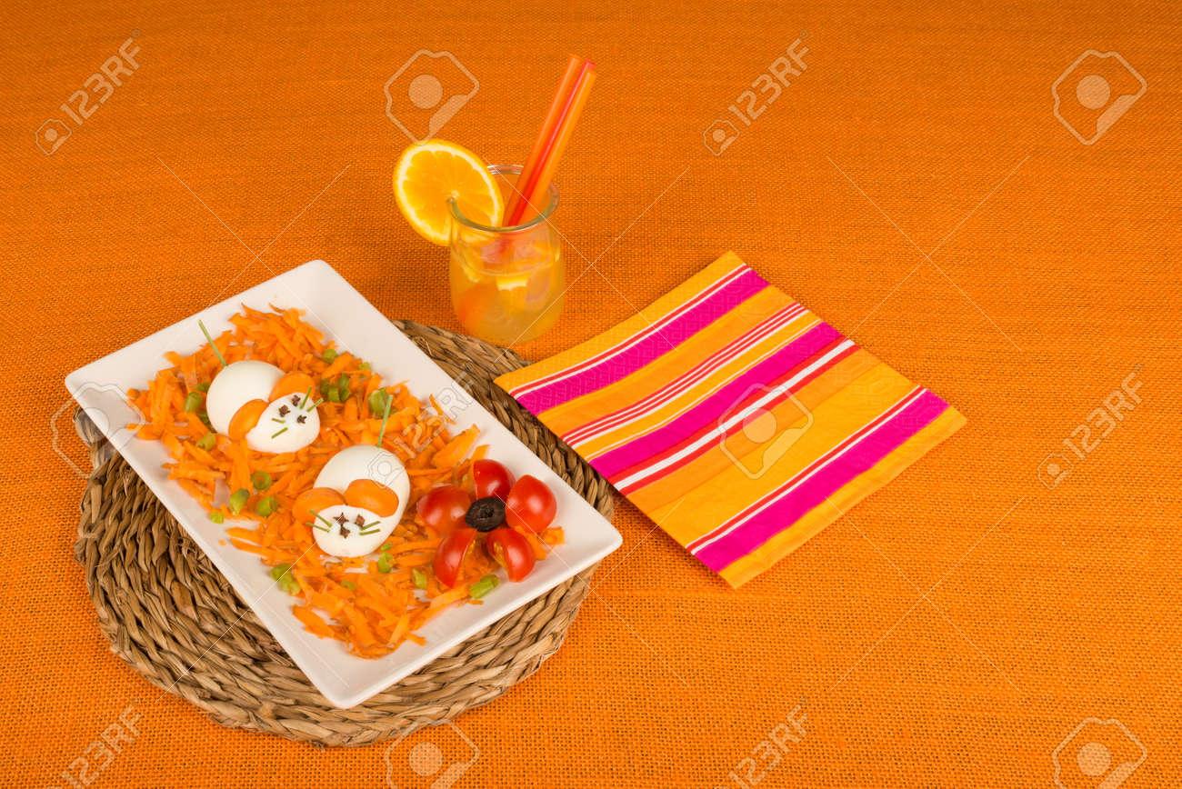 dekoriert das essen