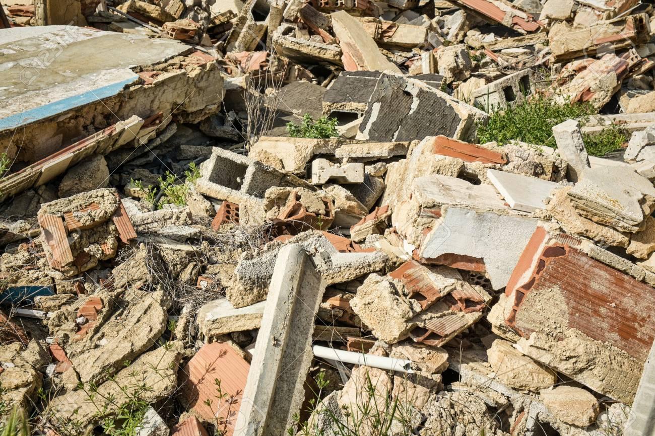 Fotograma Completo Tomar De La Construcción De Escombros En Un Sitio ...