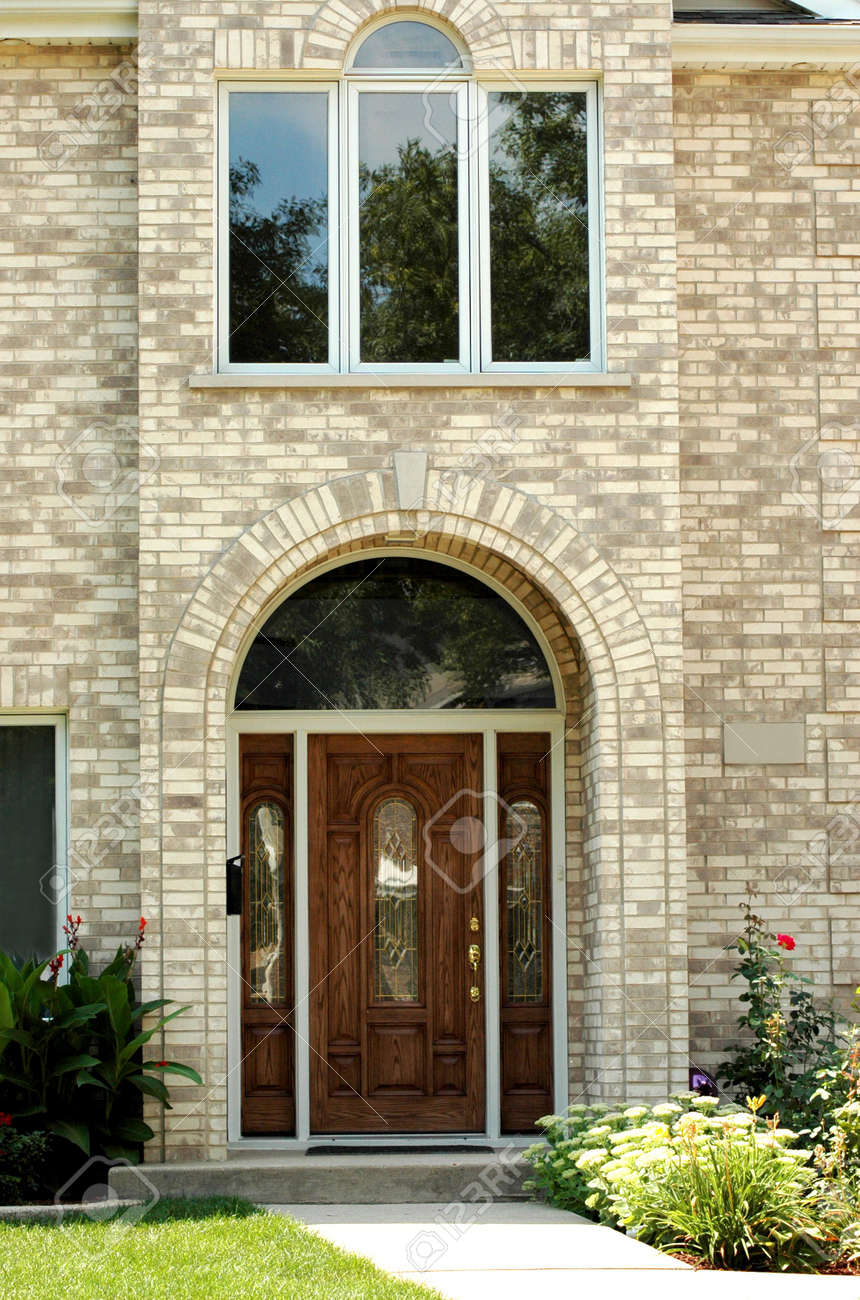Elegant House Entrance Stock Photo, Picture And Royalty Free Image ...