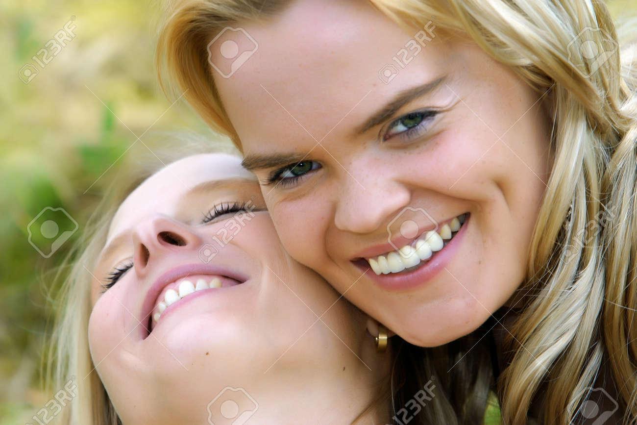 Lesbian Fun in the Sun