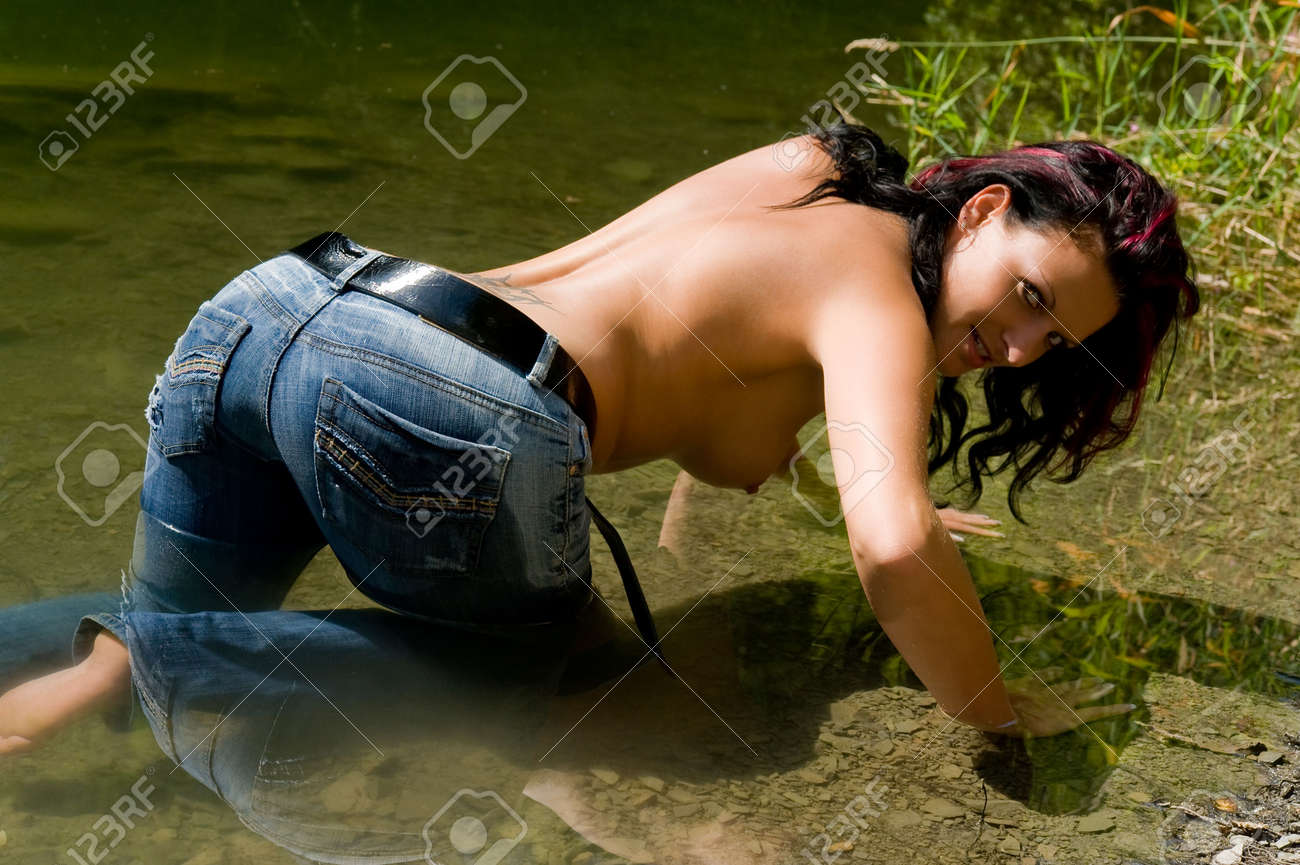Woman with erotic pose Stock Photo - 7433207