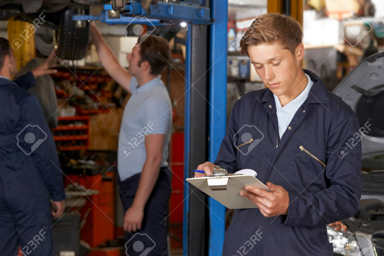 Garage Recherche Apprenti Mecanicien Automobile