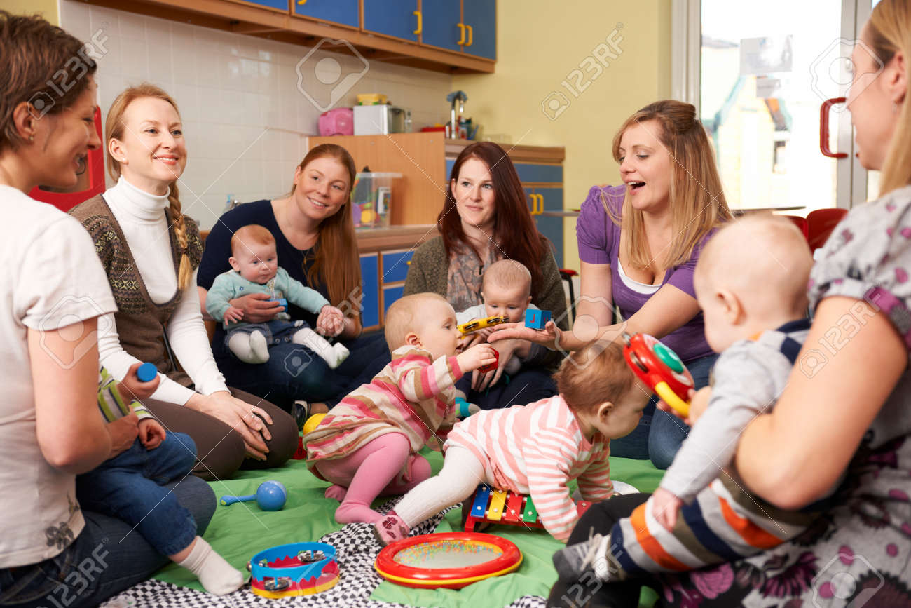 Group Of Mothers With Babies At Playgroup - 49362995