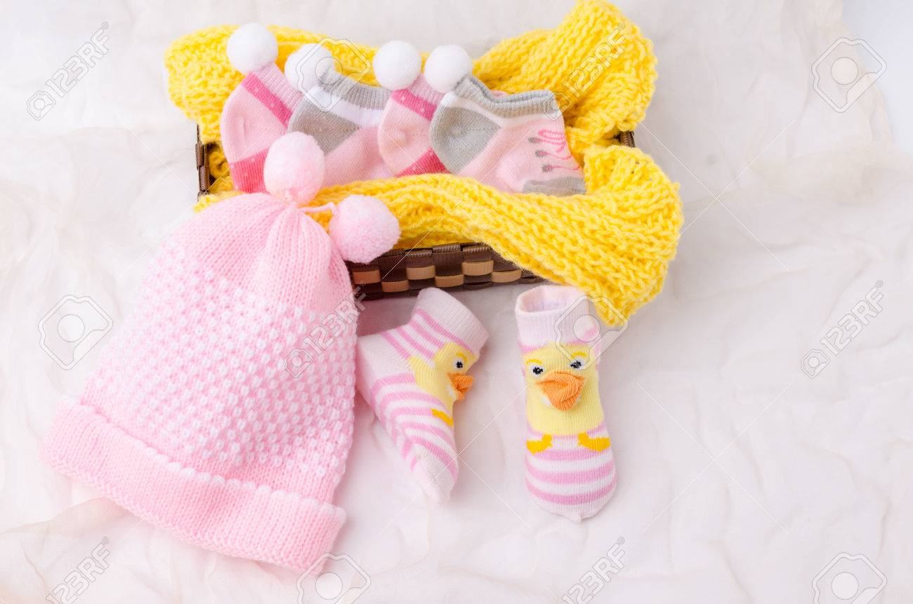 4d055927101 Pink knit hat and socks gift set for a newborn baby girl Stock Photo -  59076959
