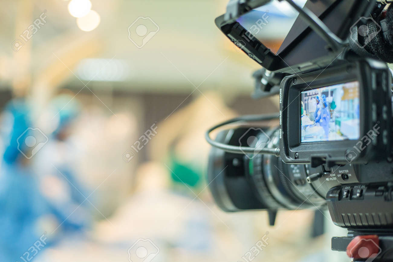TV onair for Conference VDO for doctor use percutaneous tranluminal coronary angioplasty to operate patient who is heart disease . - 72085289