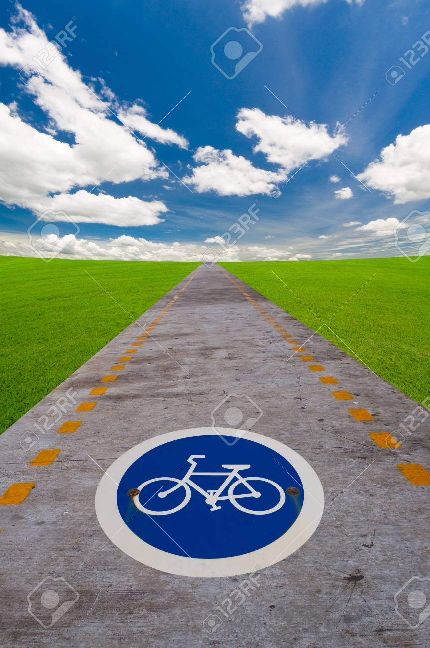 way of bicycle under the blue sky Stock Photo - 10348575