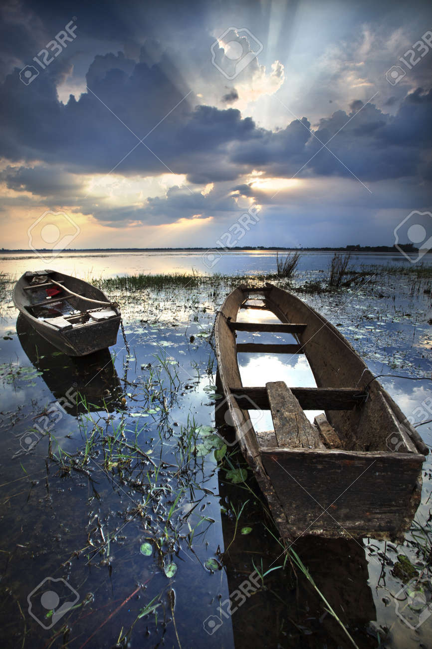 Boat with a beautiful sky Stock Photo - 17444331