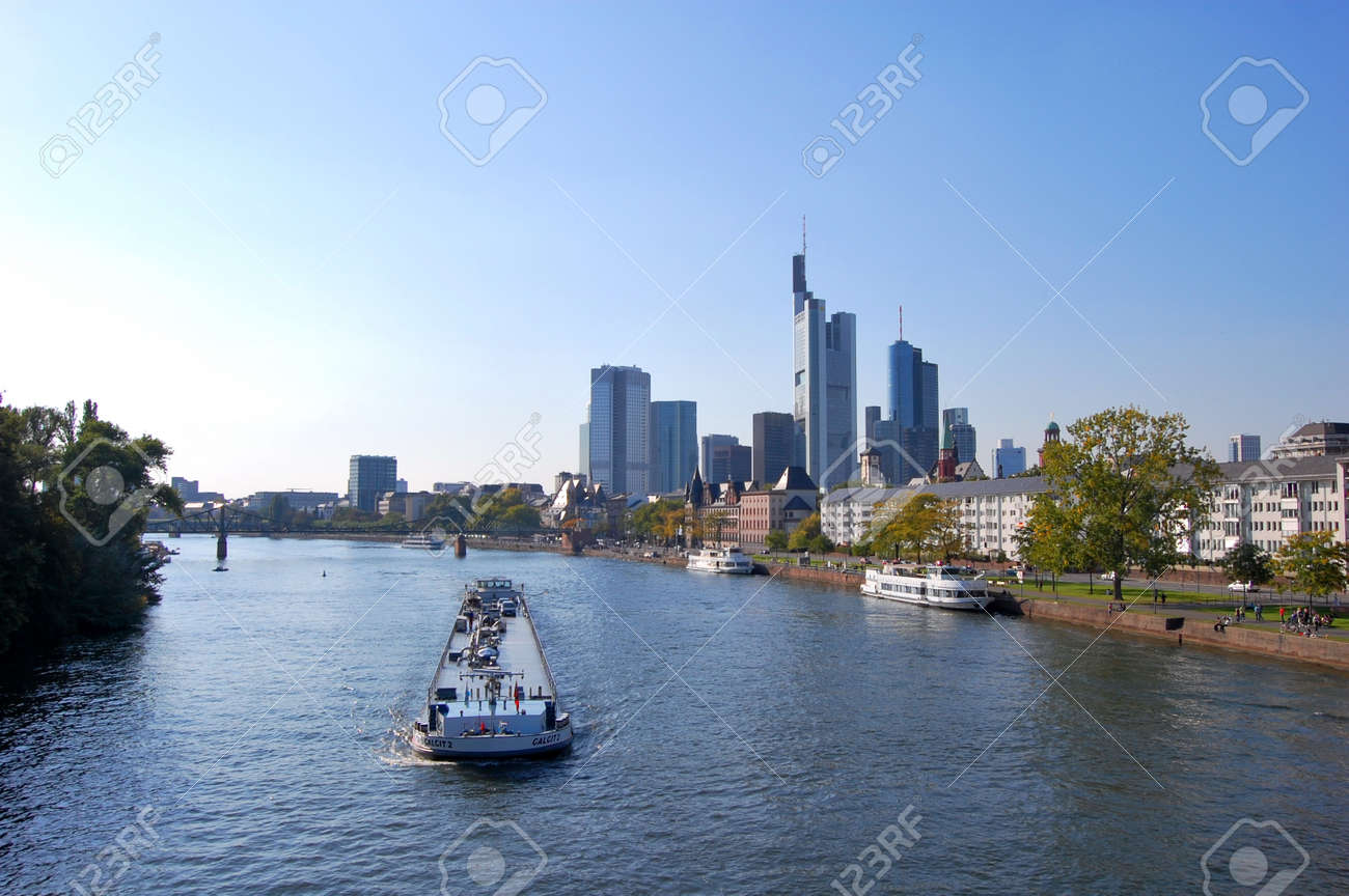Frankfurt am Main, Germany Standard-Bild - 9102185