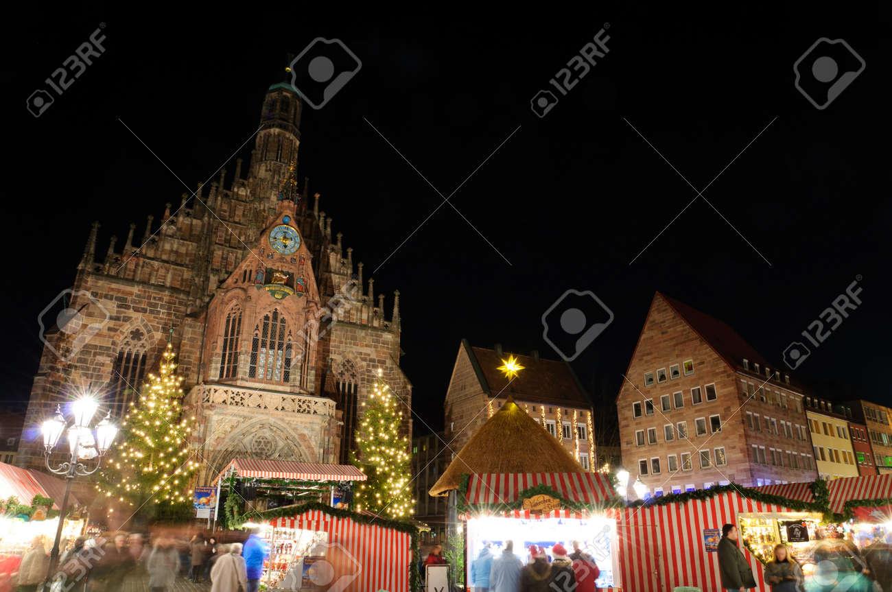 Christkindlesmarkt  Christmas market  in Nuremberg, Germany Standard-Bild - 12387802