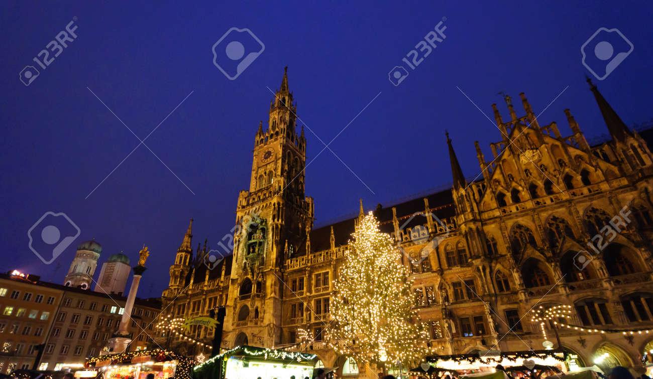 Christmas illuminations in Munich, Germany Standard-Bild - 12387788