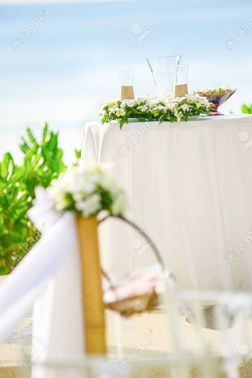 Sand Ceremony Wedding.Wedding Decorations And Arrangement Flowers Wedding Sand Ceremony