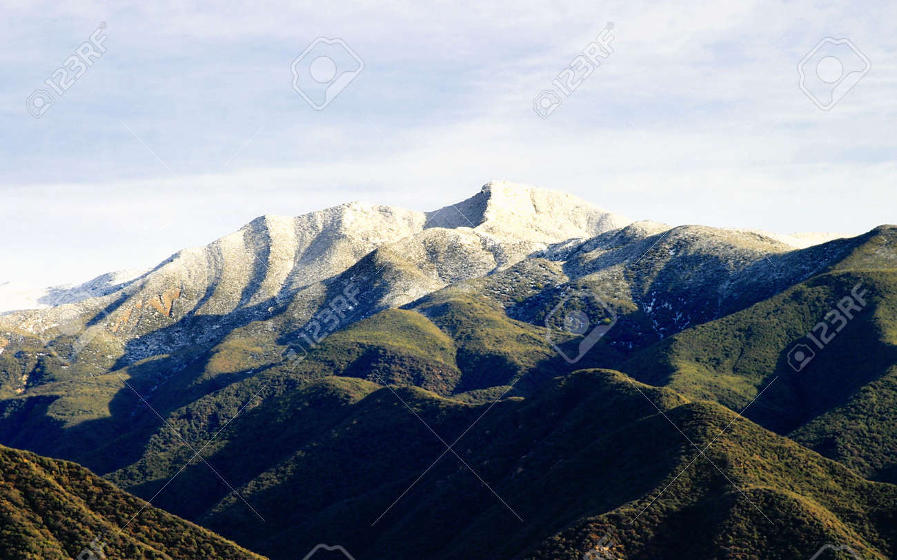 Landscape shot of the Ojai valley with snow on the mountains. Stock Photo - 2640317