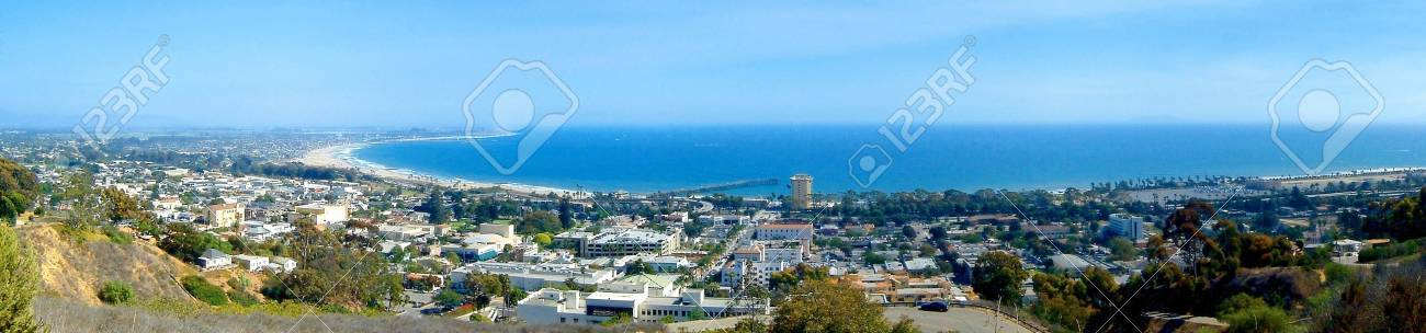 Panoramic view of Ventura with the ocean in the background Stock Photo - 8257671