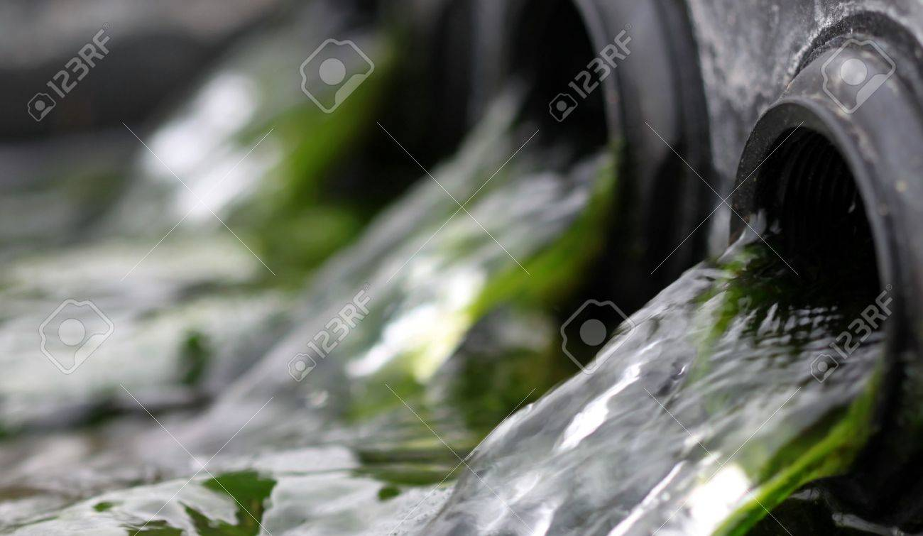 close up macro flow of water in a fountain Stock Photo - 10929785