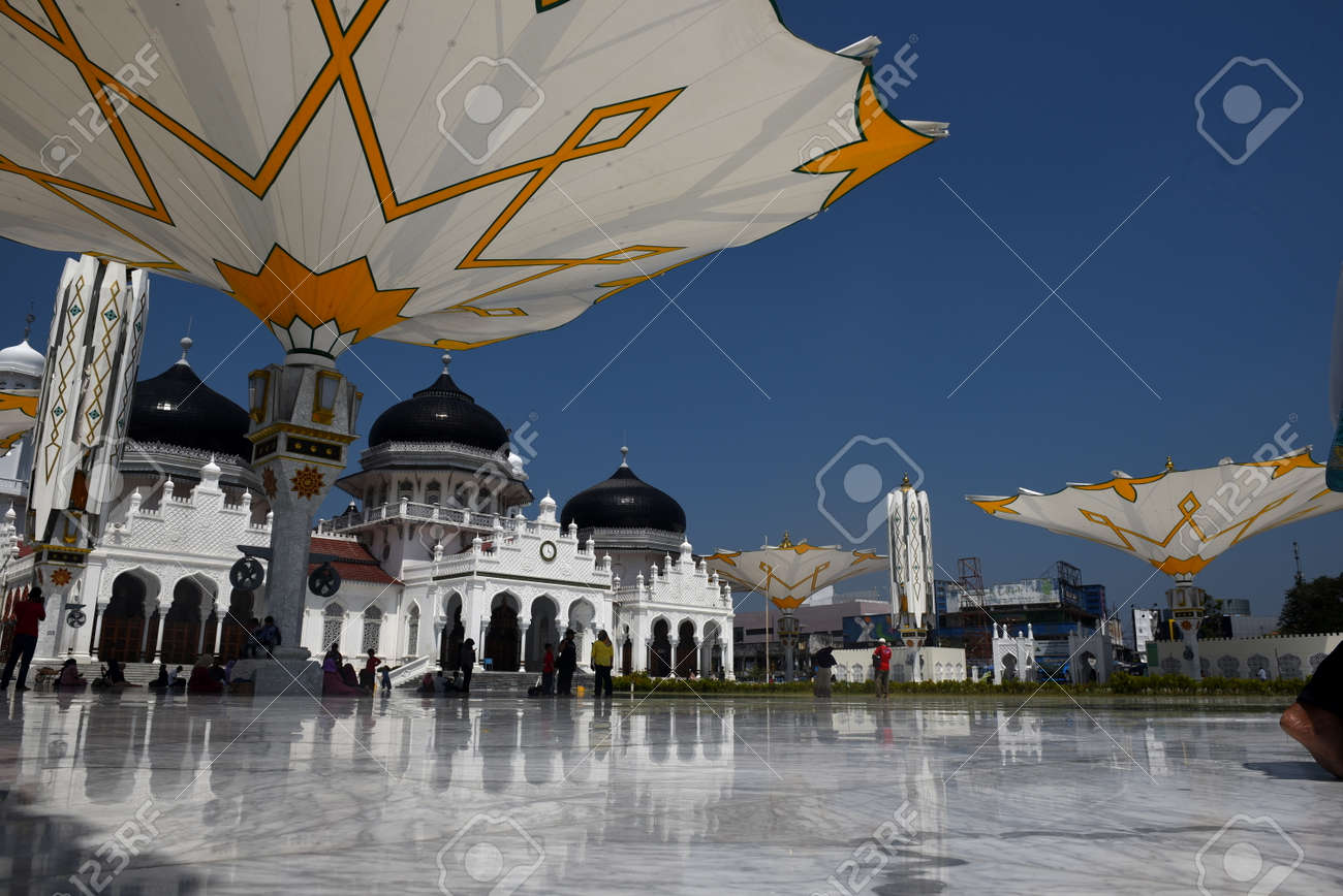 Baiturrahman Grand Mosque Is Located In Banda Aceh Baiturrahman Is The Great Mosque Was Built Since
