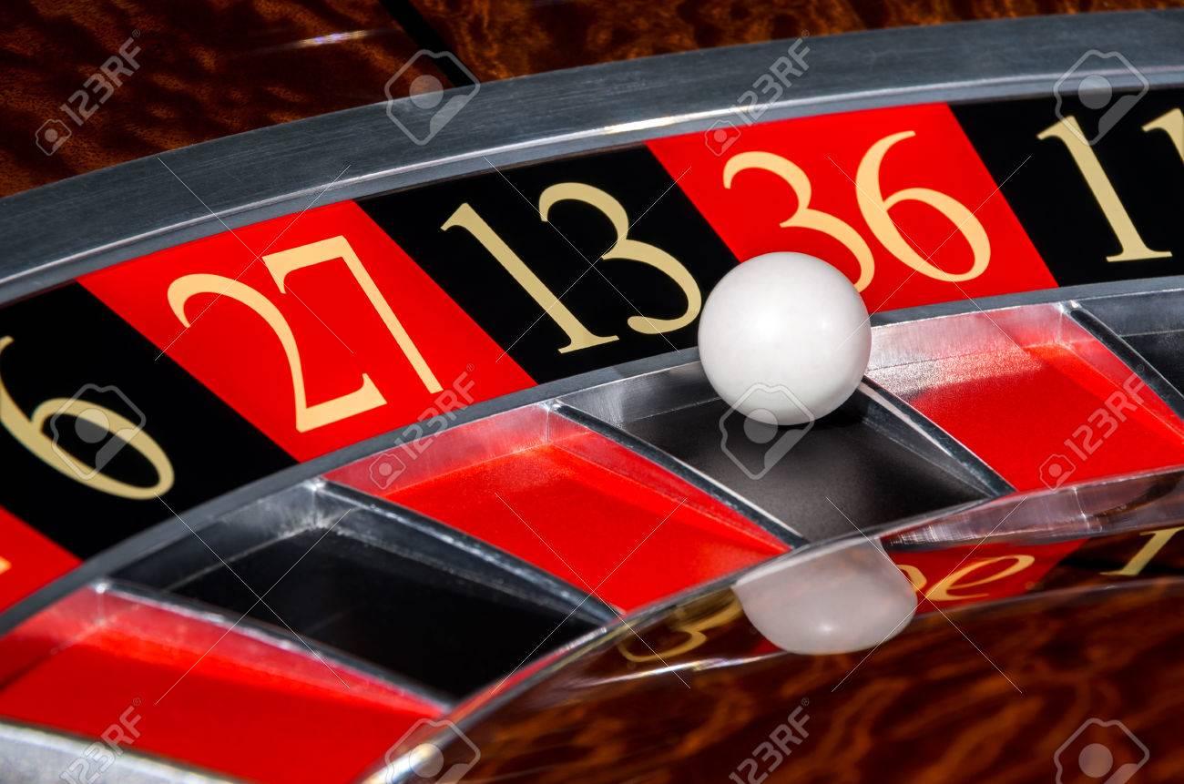 Казино 13 черное казино платья в великом новгороде