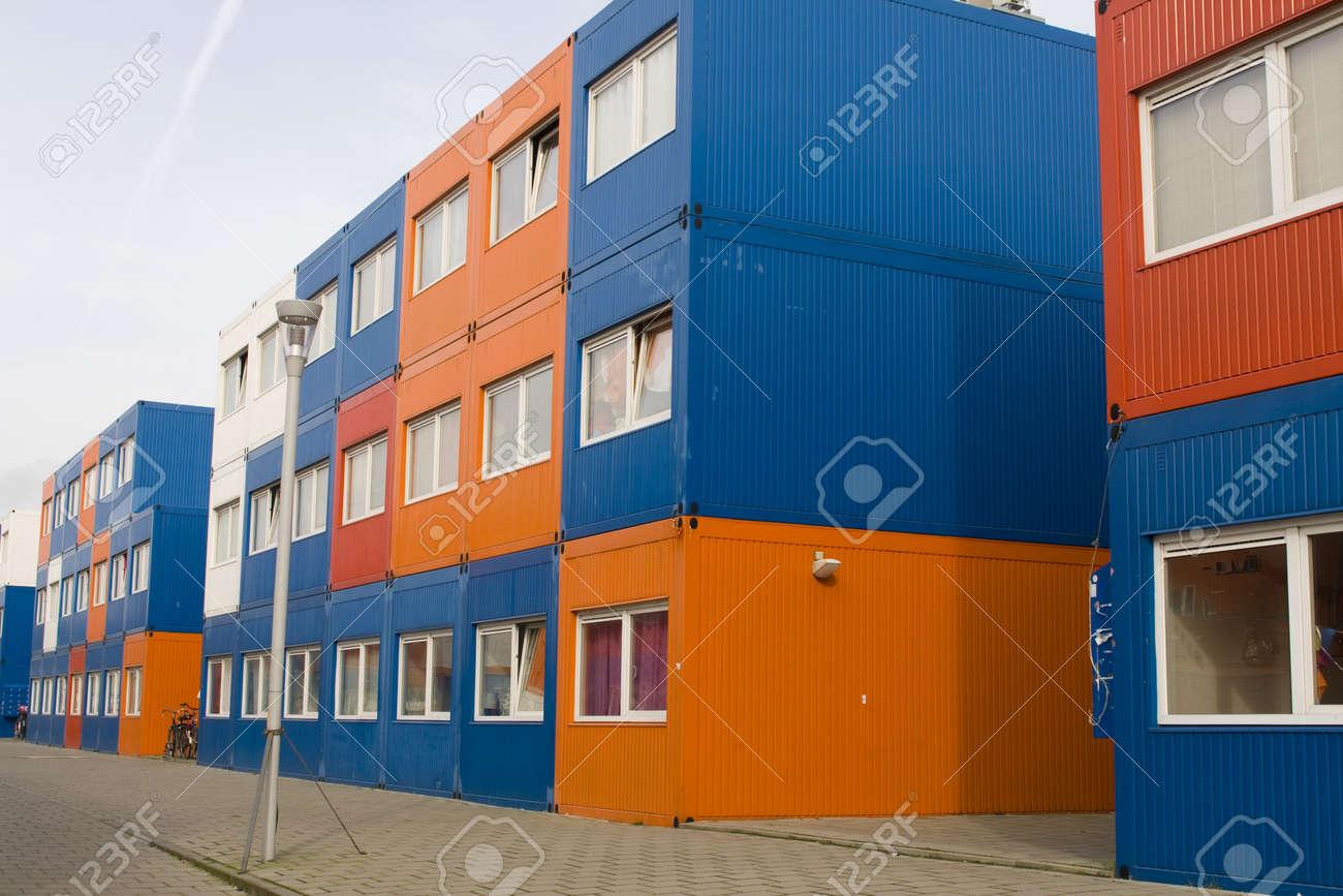 Bunten Containern Werden Fur Die Studenten Wohnung In Amsterdam