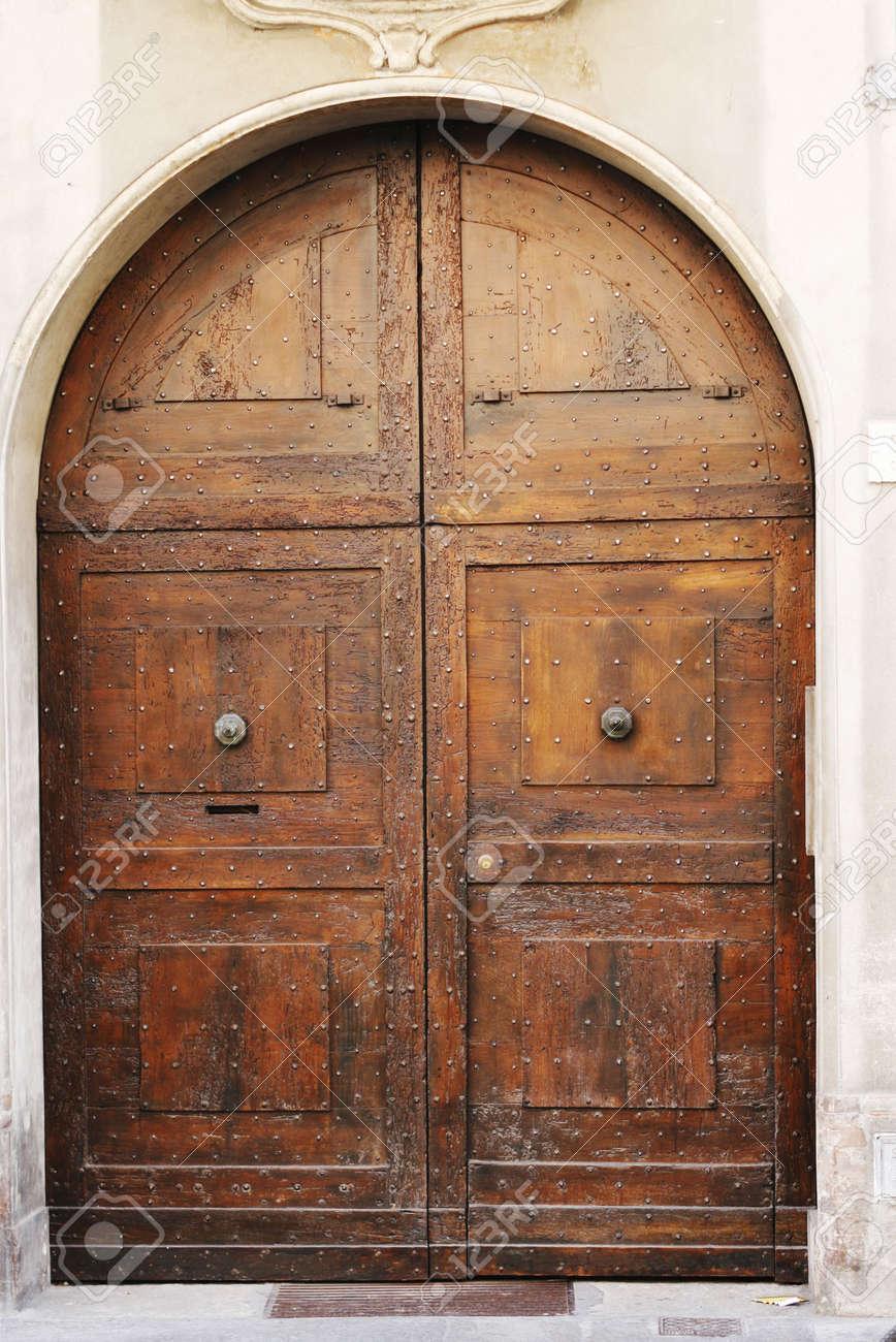 Big wooden medieval door of old Italian convent Stock Photo - 3047870 & Big Wooden Medieval Door Of Old Italian Convent Stock Photo Picture ...