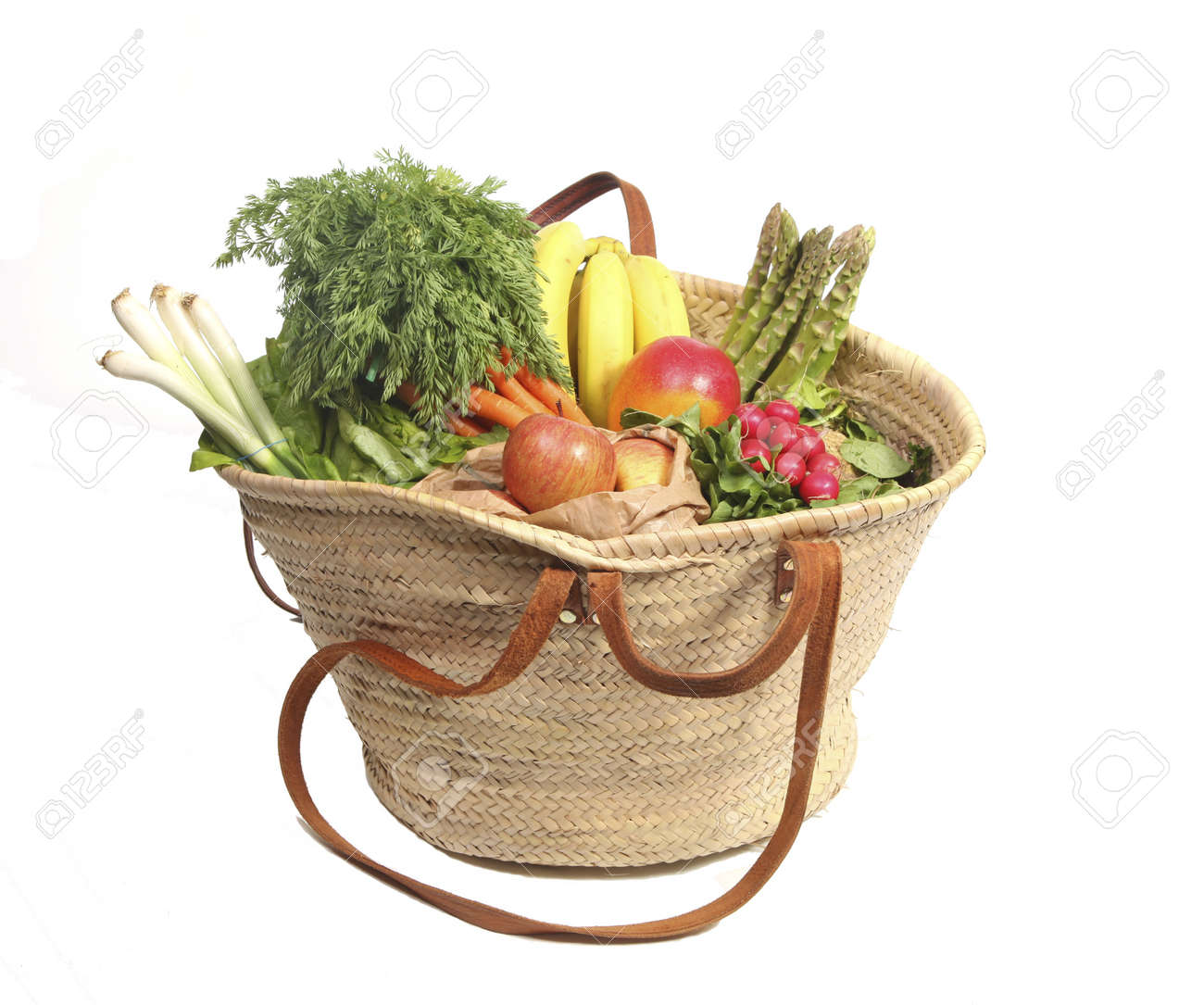 Eco friendly shopping bag with organic fruit and vegetables Stock Photo - 9216460