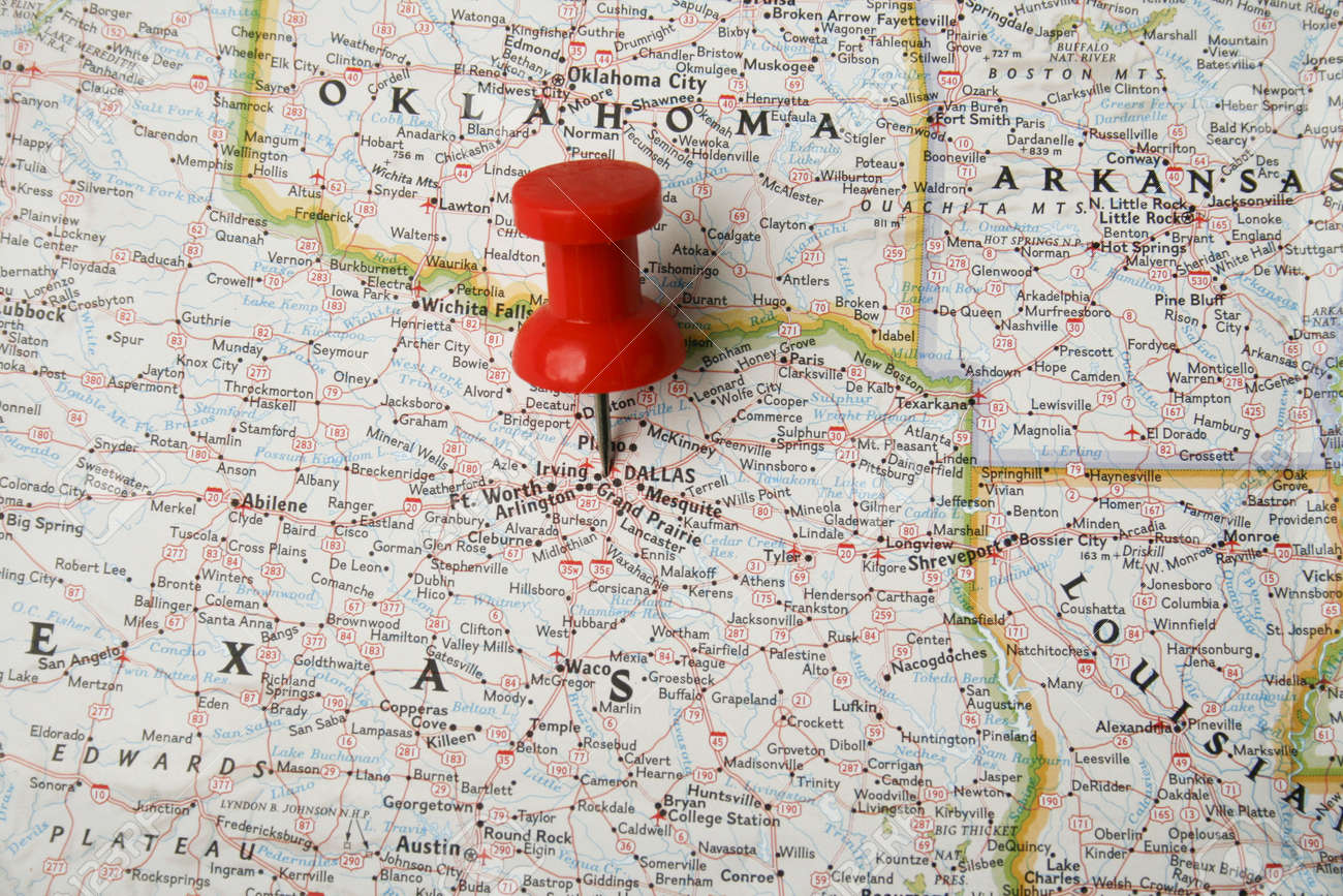 Red Pin On Map Of USA Pointing At Dallas Texas Stock Photo - Texas usa map