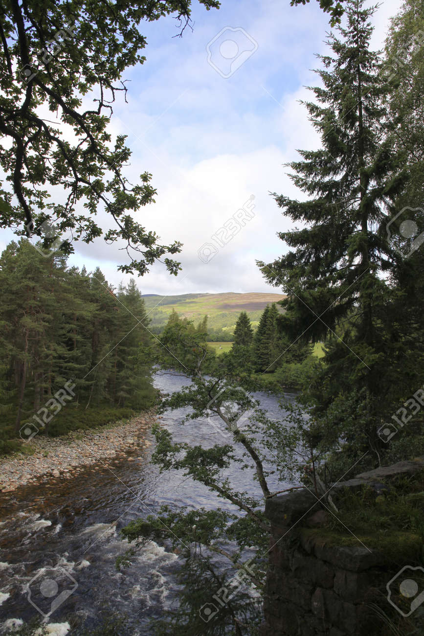 Beautiful view on river in Scotland Stock Photo - 10447356