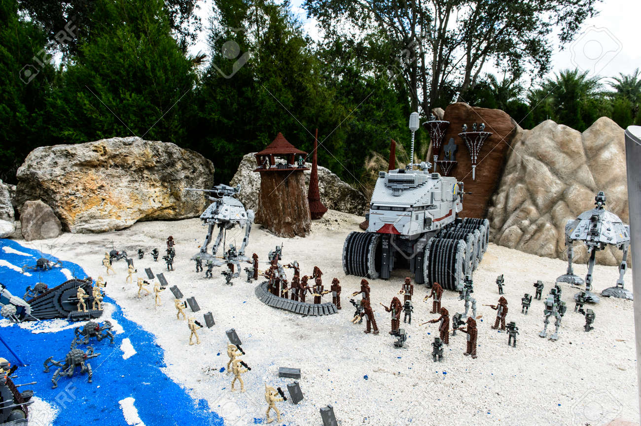 Orlando Usa December 22 2013 Lego Star Wars Miniland At Stock