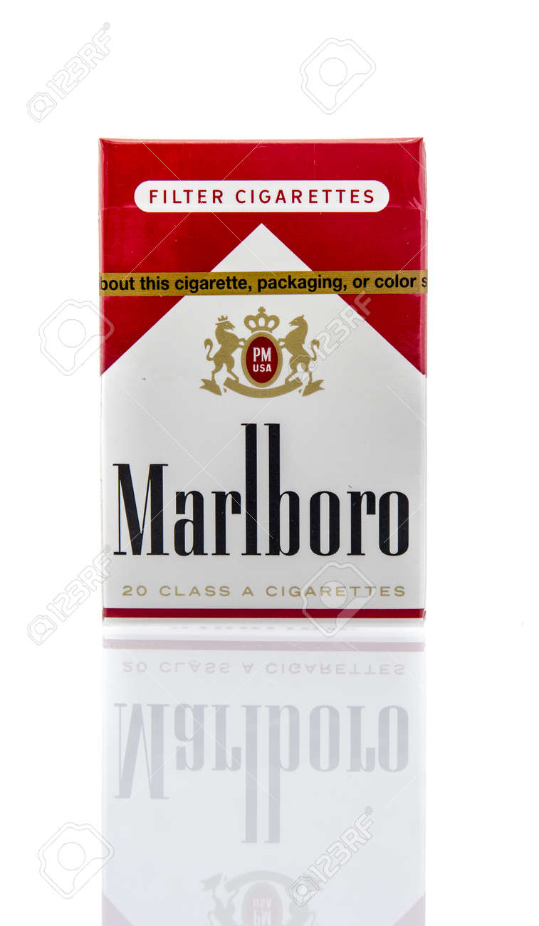 How much are Marlboro cigarettes in Poland