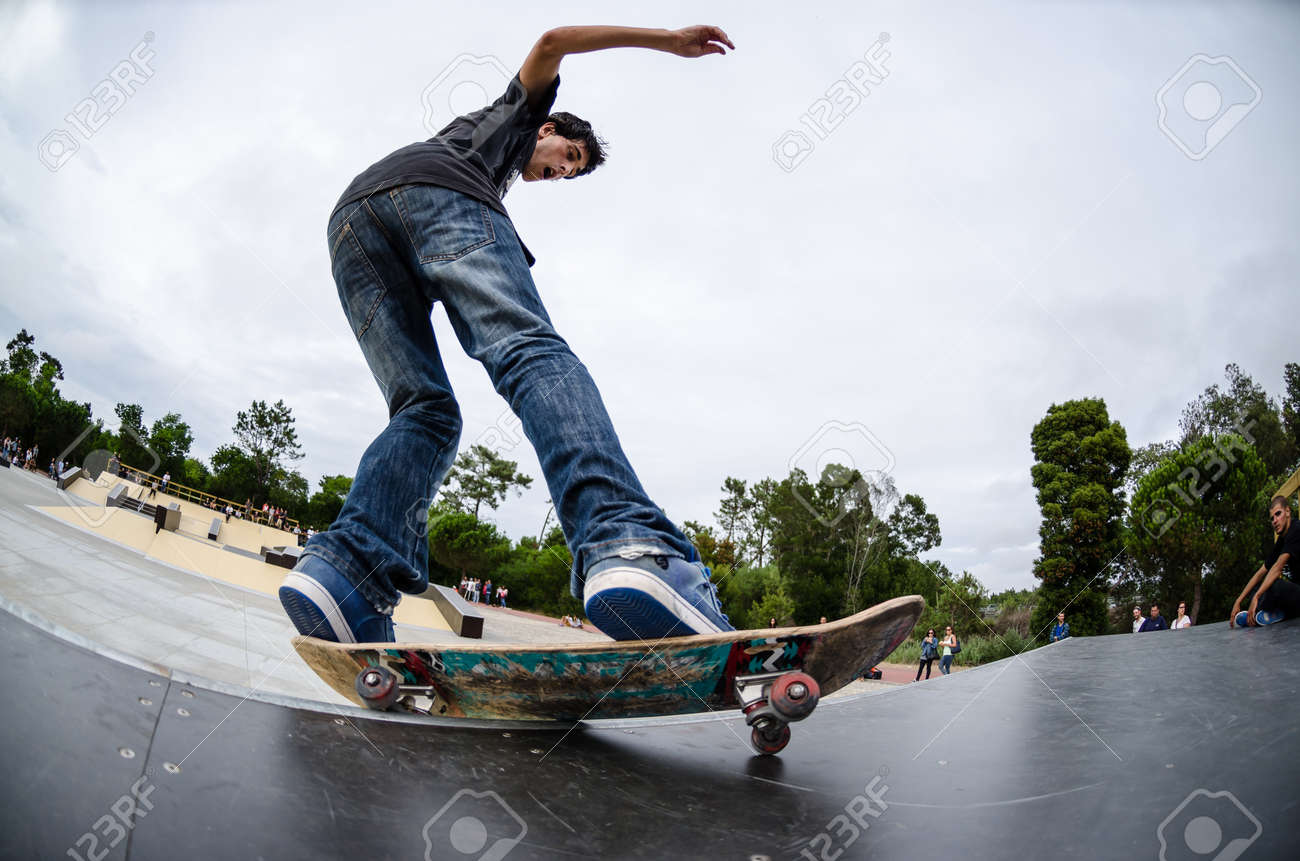 ILHAVO, PORTUGAL - AUGUST 22, 2015: Antonio Fausto during the Ilhavo's Skateboarding Championship and the new skatepark opening. - 45564481