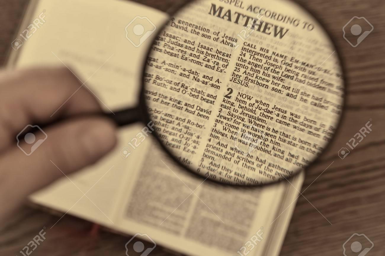 Christmas bible reading, gospel according to Matthew, when Jesus was born in Bethlehem. Vintage look. - 73318621