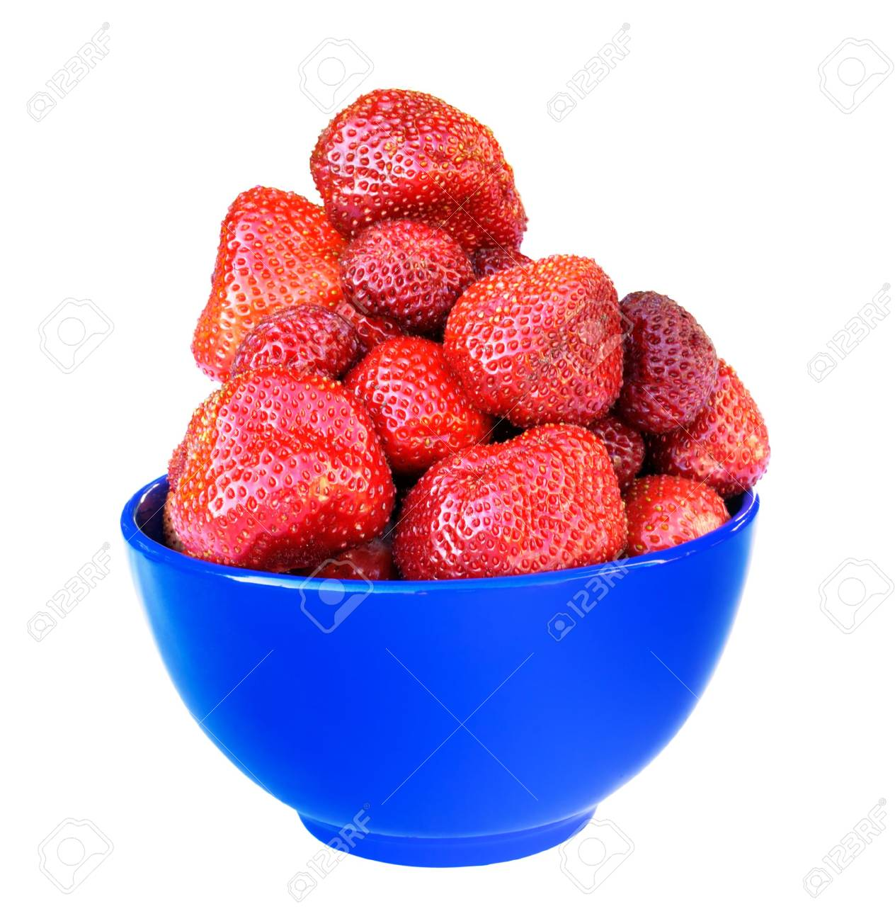 Fresh strawberries in blue bowl isolated on white Stock Photo - 5118320