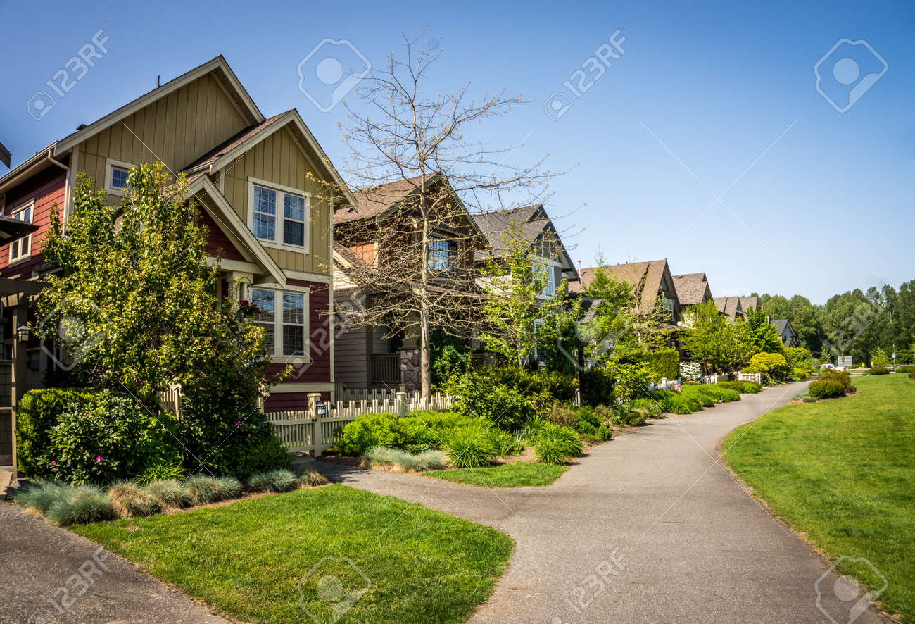 Suburbia in Fort Langley a historic village in the Fraser Valley of British Columbia - 41696127