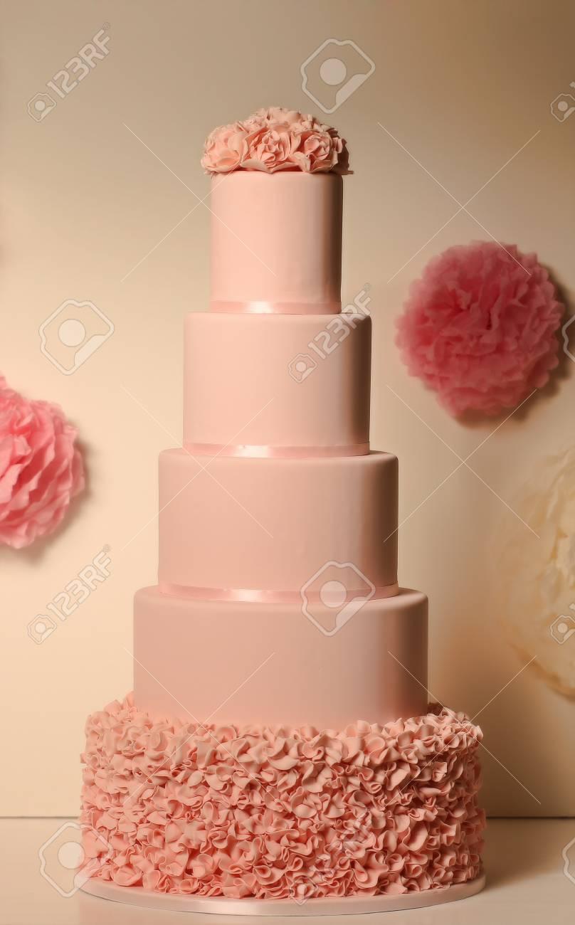 Gâteau De Mariage Rose