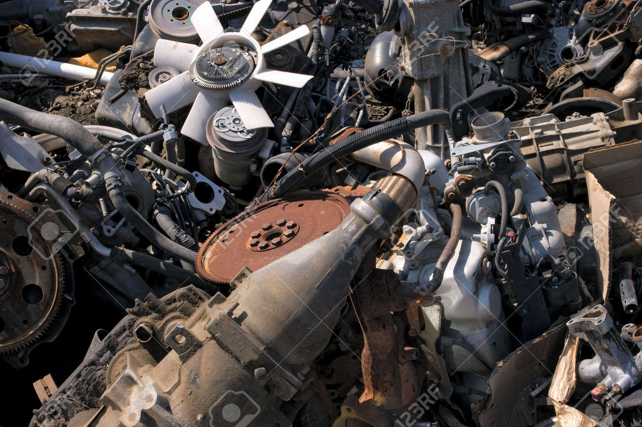 A pile of old engines - 4584436