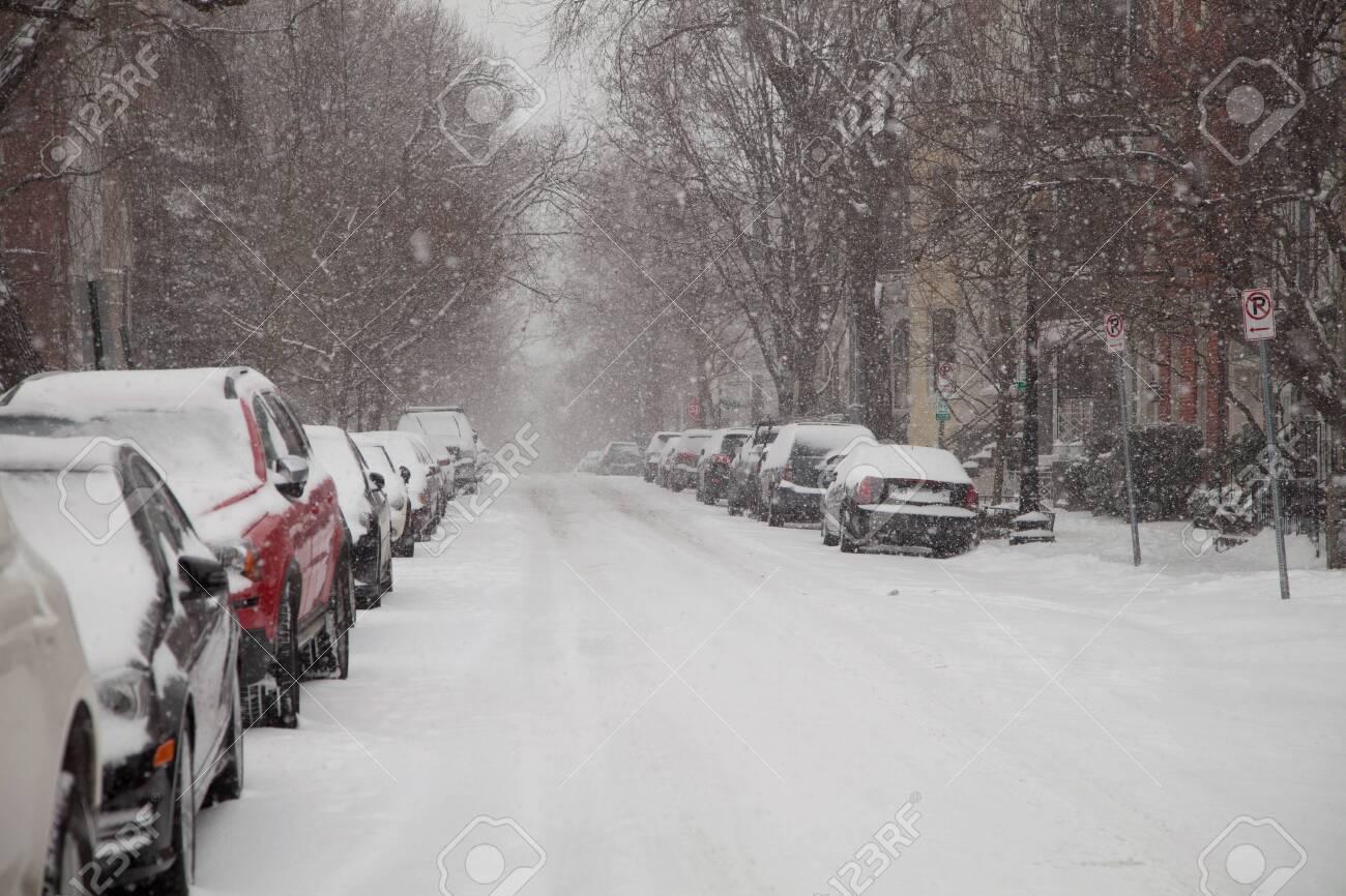 Winter storm in Georgetown in Washington DC - 26787994