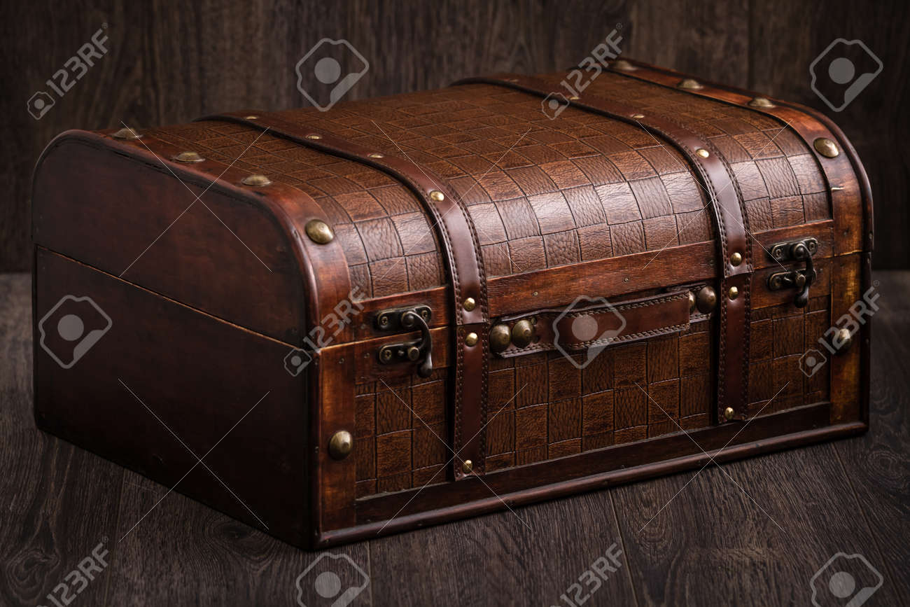 Gentil Beautiful Decorative Trunk Treasure Chest Storage Box On Brown Background  Stock Photo   91334299