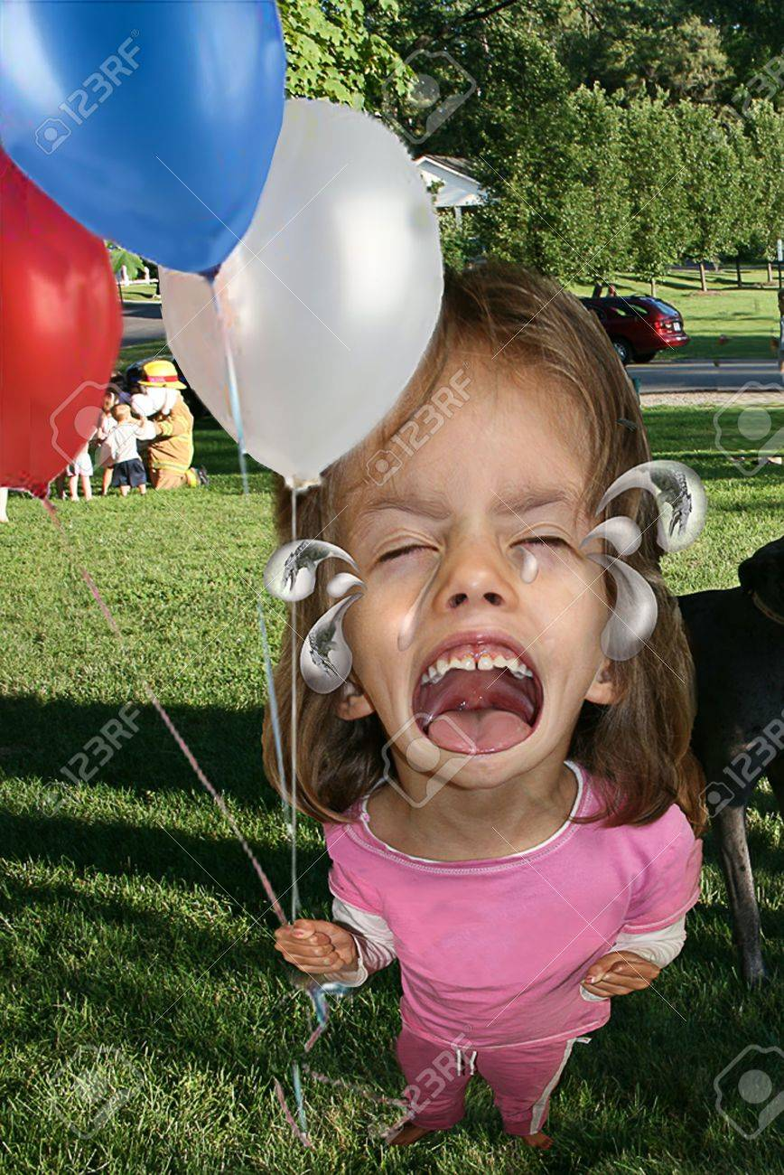 Little girl having a crying fit at a park Stock Photo - 4157164