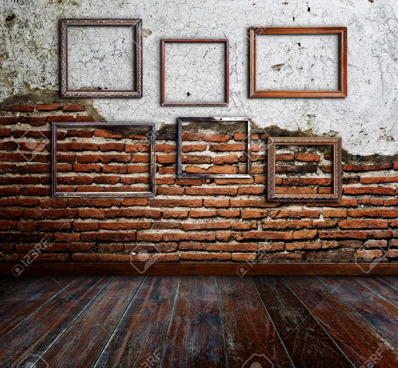Picture frame put on wall in grunge room Stock Photo - 16357373