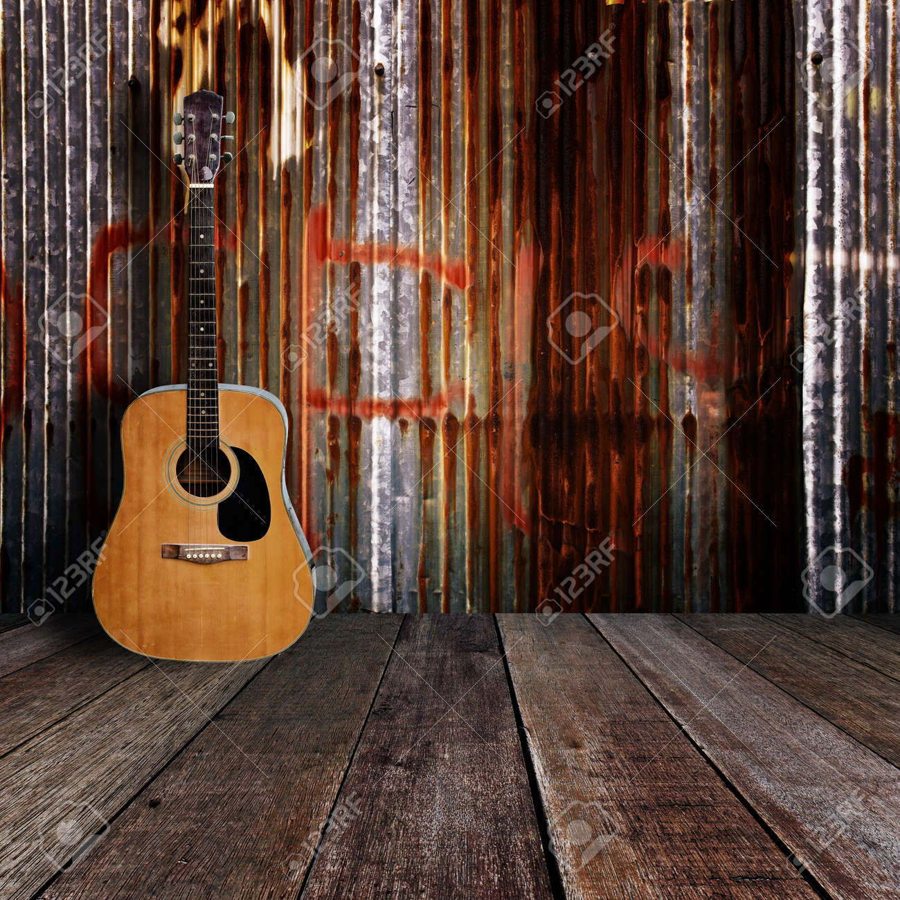 Guitar in grunge room Stock Photo - 17366168
