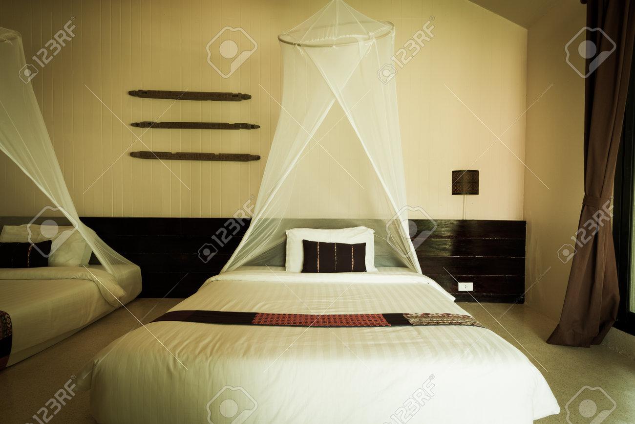 Zanzariera Da Letto : Camera da letto arredate in stile contemporaneo con zanzariera