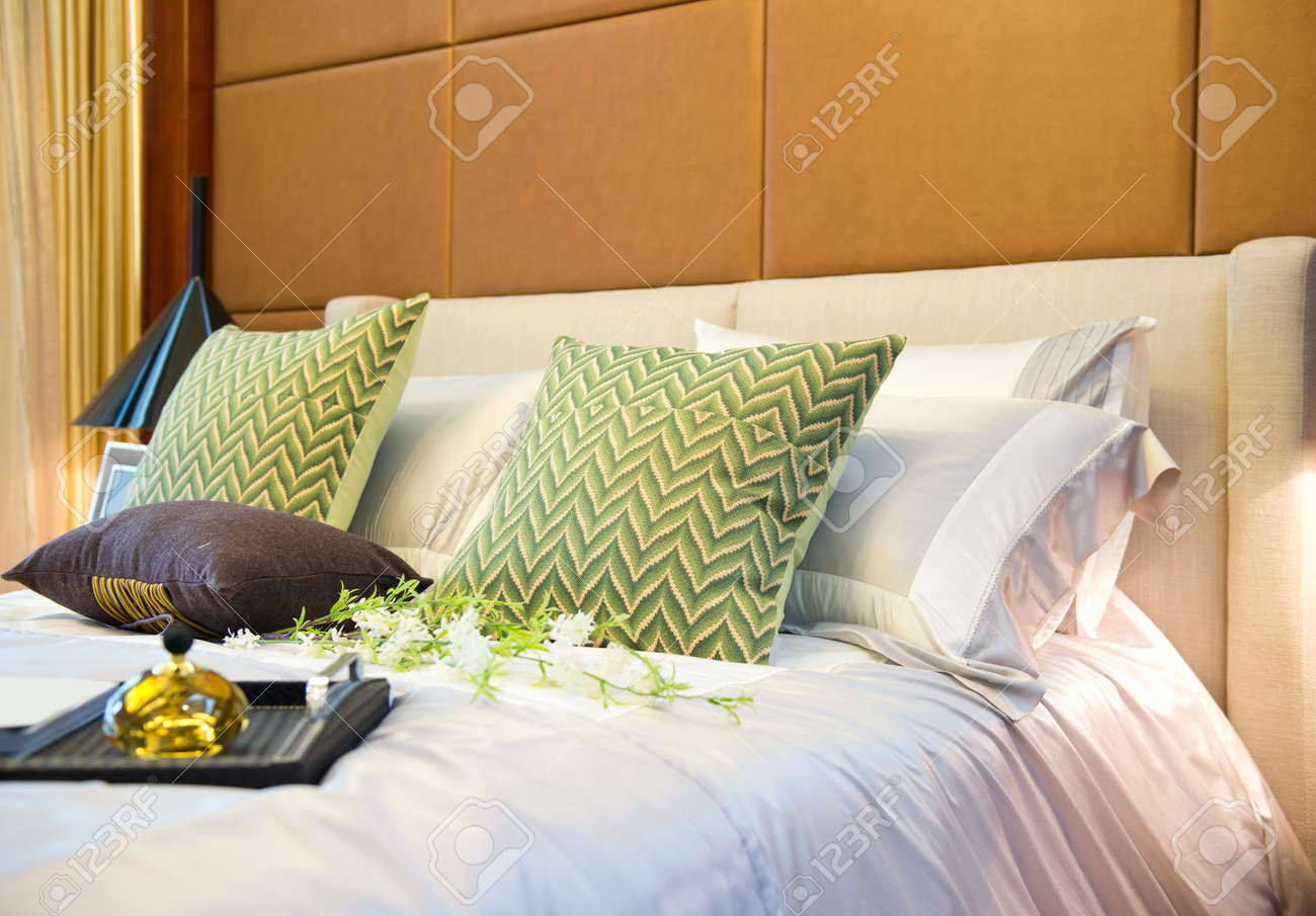 King sized bed in a business hotel room. Stock Photo - 23087566