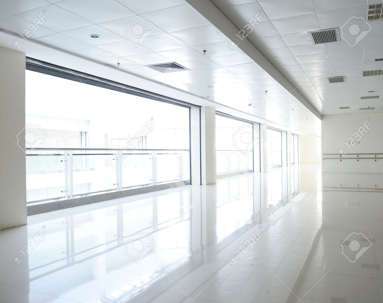 empty corridor in the modern building. Stock Photo - 25012564