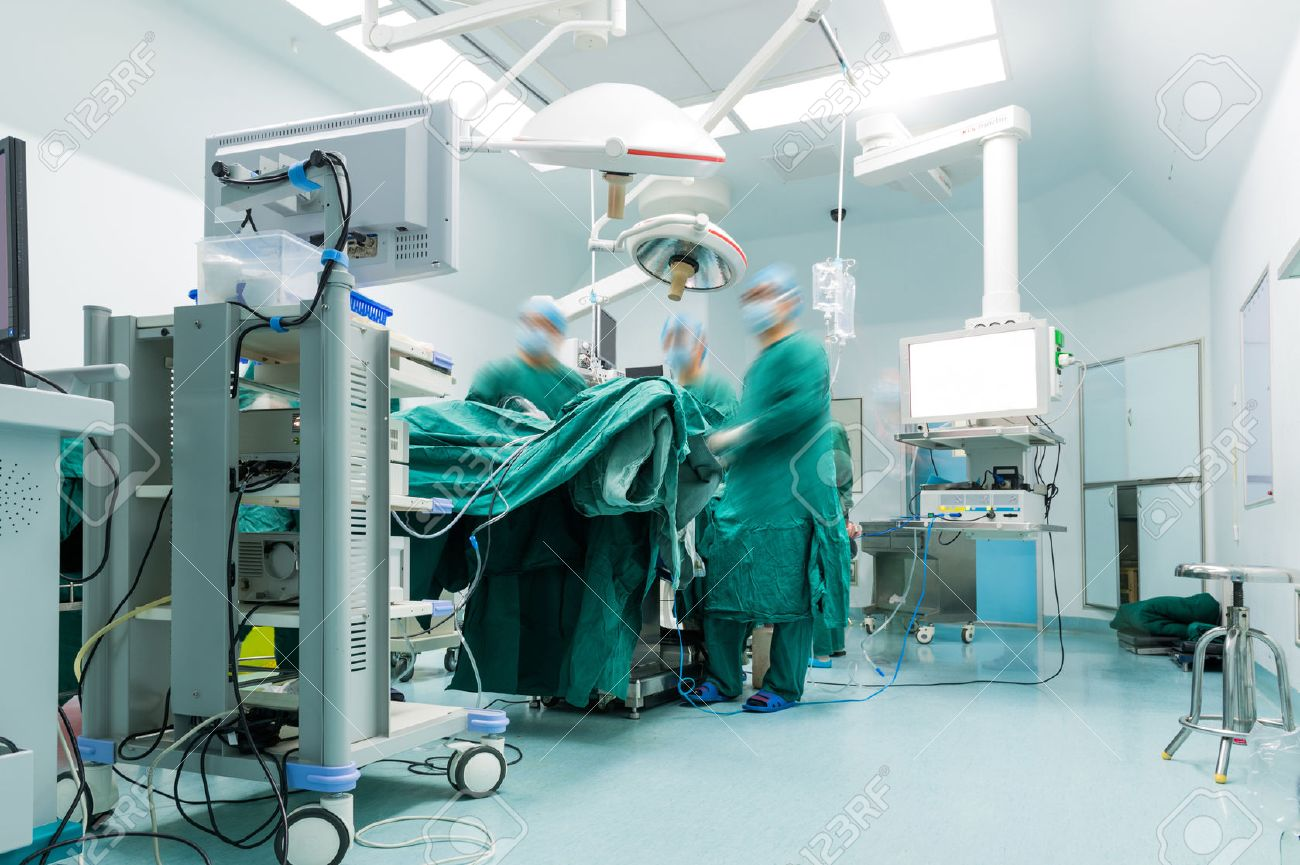 surgeons are operating in a hospital Stock Photo - 37181501